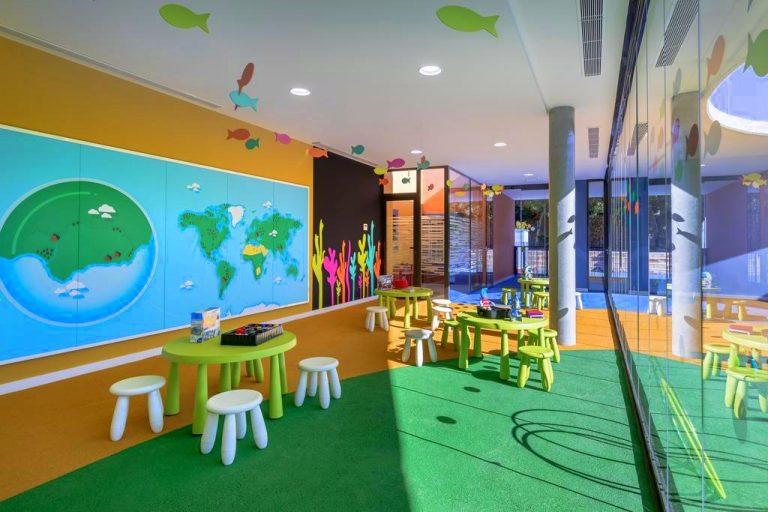 Barceló Montecastillo Golf hotel para niños mini club