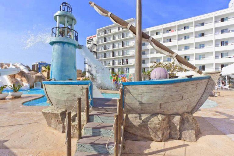 ALEGRIA Pineda Splash hotel para niños toboganes de agua