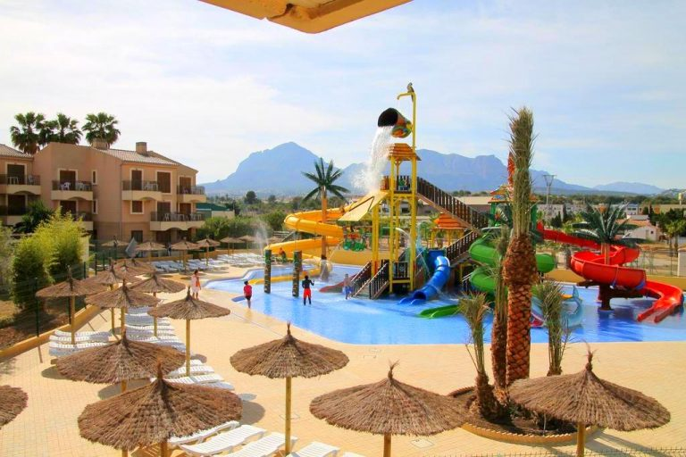 Complejo Albir Garden hotel para ninos con toboganes