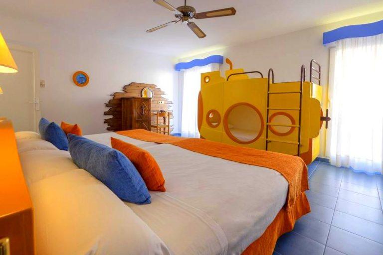 Diverhotel Nautilus Roquetas hotel para ninos