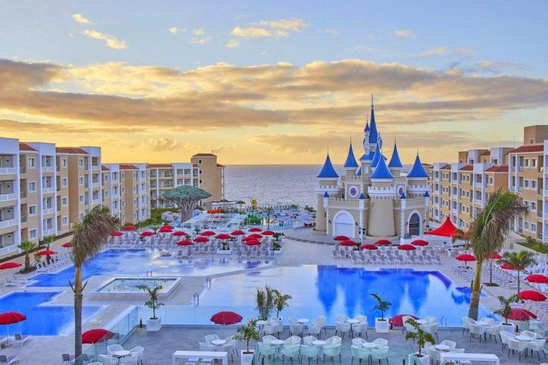 Fantasia Bahia Principe Tenerife hotel para niños vistas
