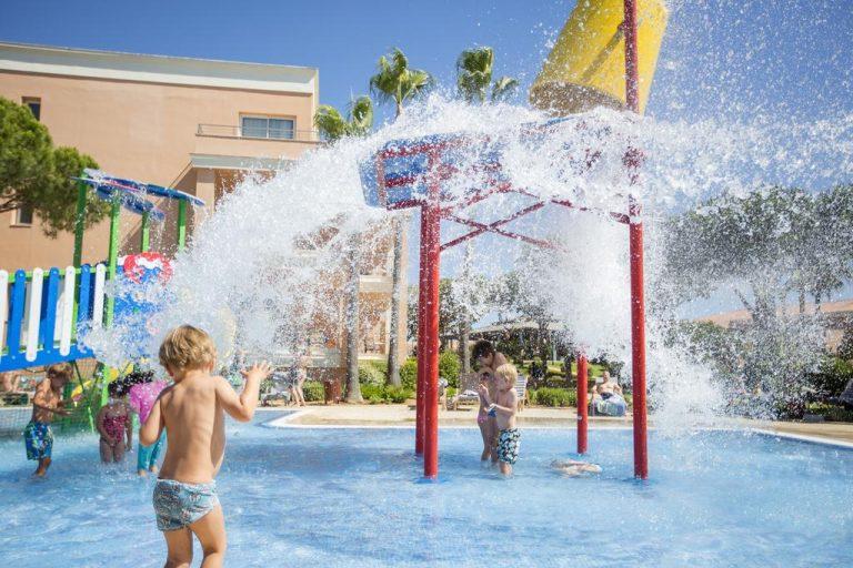 Hipotels Barrosa Garden hotel para niños juegos de agua