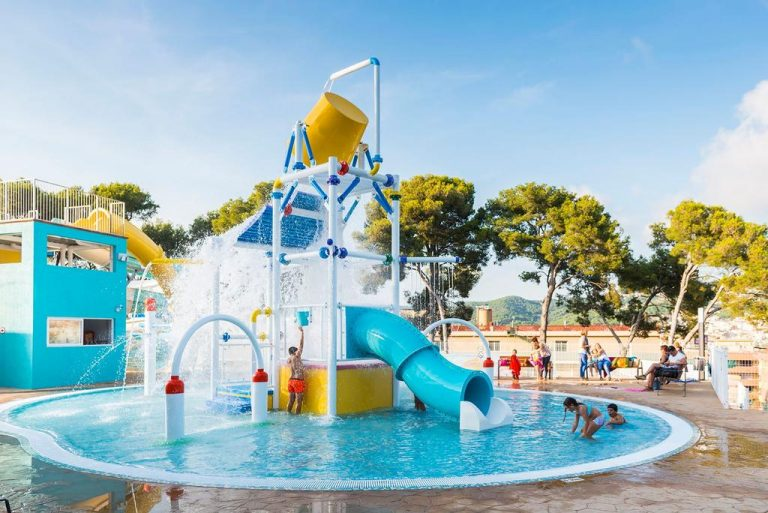 Hotel Guitart Gold Central Park Aqua Resort para niños toboganes de agua