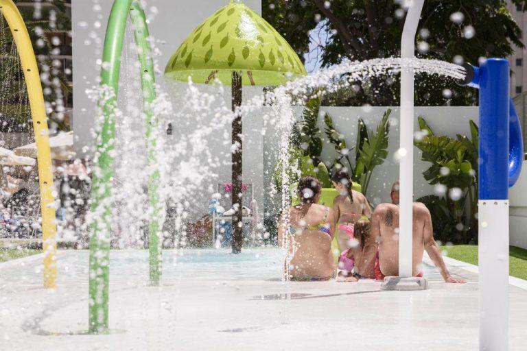 Hotel RH Princesa Hotel para niños piscina