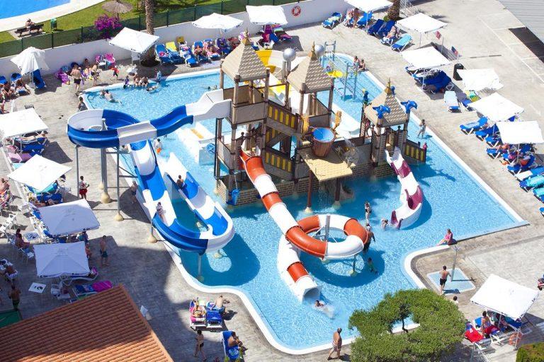 Hotel Rosamar hotel para ninos con toboganes de agua