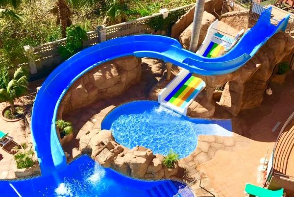 Hotel Victoria Playa para niños toboganes