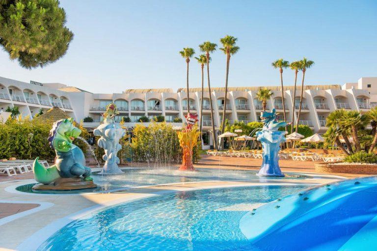 Iberostar Royal Andalus hotel para ninos con toboganes