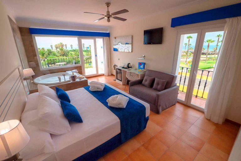 Playaballena Aquapark & Spa Hotel para niños habitación