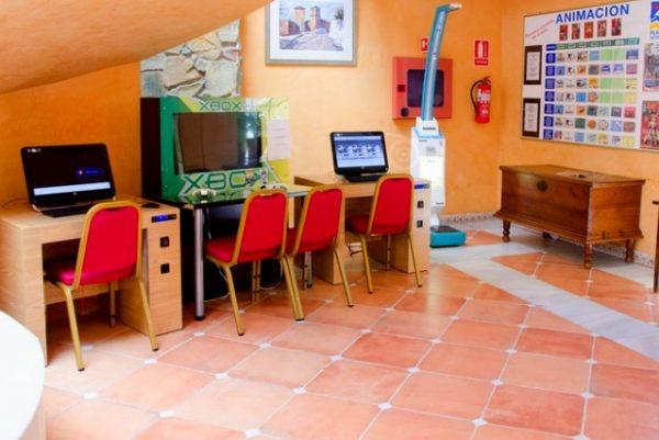 Playaballena Aquapark & Spa Hotel para niños mini club