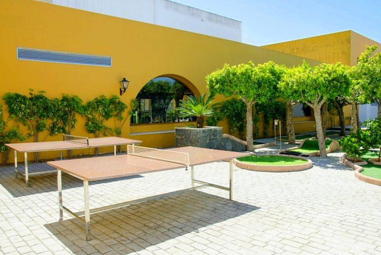 Playaballena Aquapark & Spa Hotel para niños tenis de mesa