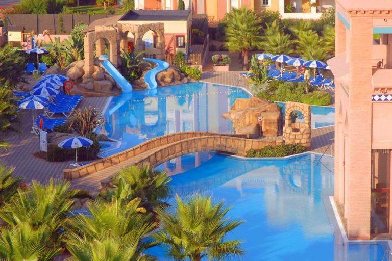 Playacanela Hotel para ninos con toboganes