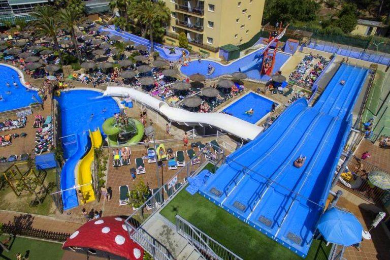 Rosamar Garden Resort para niños toboganes