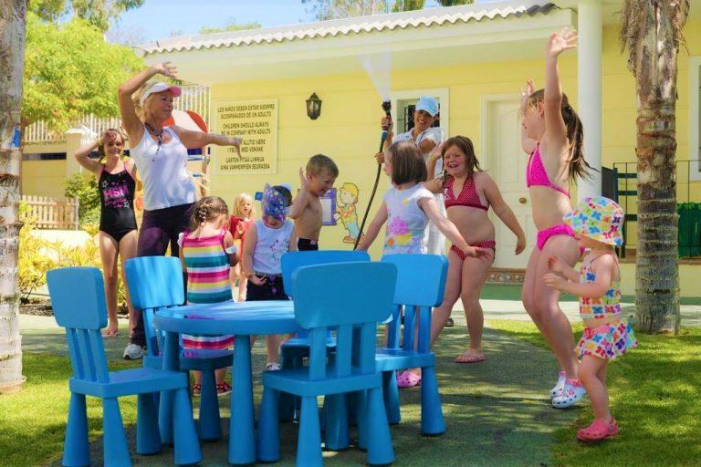 Gran Oasis Resort mini club
